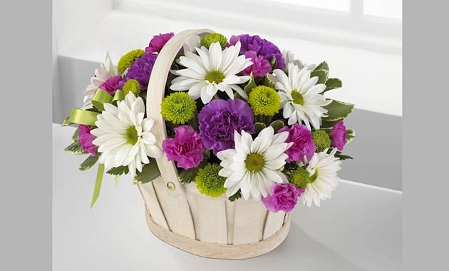 Send Flowers to Waterloo, IA  Same Day Flower Delivery from Local