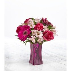 The FTD Raspberry Rush Bouquet