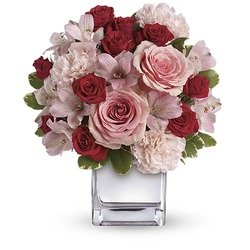 Teleflora's Love That Pink Bouquet with Roses
