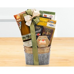 Edenbrook Vineyards Chardonnay Wine Basket
