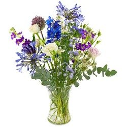 Blue-purple field bouquet (Vase not included)