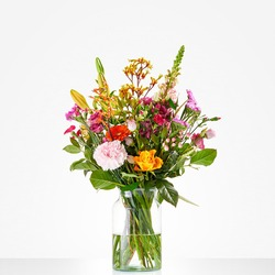 Cheerful picking bouquet (Vase not included)