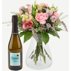 A warm greeting with prosecco
