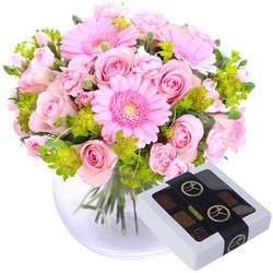 Hug for happiness in pink with box of chocolate (Vase not included)