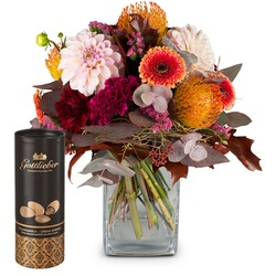 Magical play of colors and Gottlieber cocoa almonds