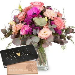 """Simply Lovely with bar of chocolate """"Heart"""" (Vase not included)"""