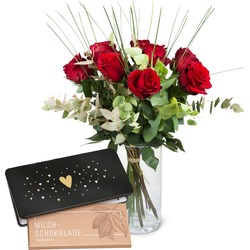 """9 Red Roses with bar of chocolate """"Heart"""""""