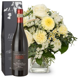 Natural lightness with Amarone Albino Armani DOCG (75cl) (Vase not included)
