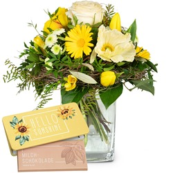 """March Bouquet of the Month with bar of chocolate """"Hello Sunshine"""" (Vase not included)"""