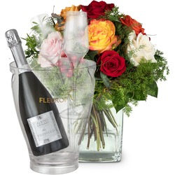 Magic of Roses with Prosecco Albino Armani DOC (75 cl), incl. ice bucket and two sparkling wine flut