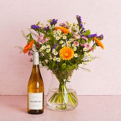 The wild with Les Amourettes, Sauvignon Blanc (Vase not included)