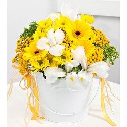 Yellow Dream Bouquet (Container not Included)